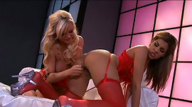 Glamorous blonde Bree Olson lets her..