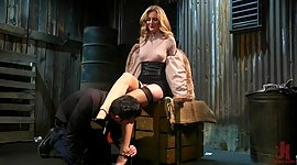 Aroused admirer Mona Wales bangs bound..