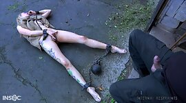 Submissive whore Rain DeGrey is face..