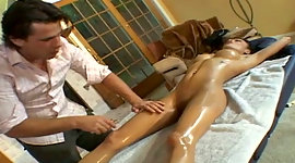 Erotic massage is turned into wet..