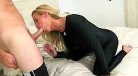 Sexual sandy colored milf gives best..